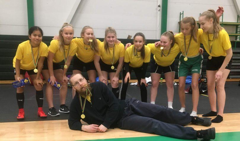 Lagstads skolas högstadieflickor vann guld