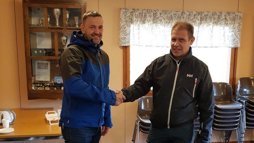 Avgående FSS ordförande Ulf Stenman och nyvalda ordförande Mats Johansson
